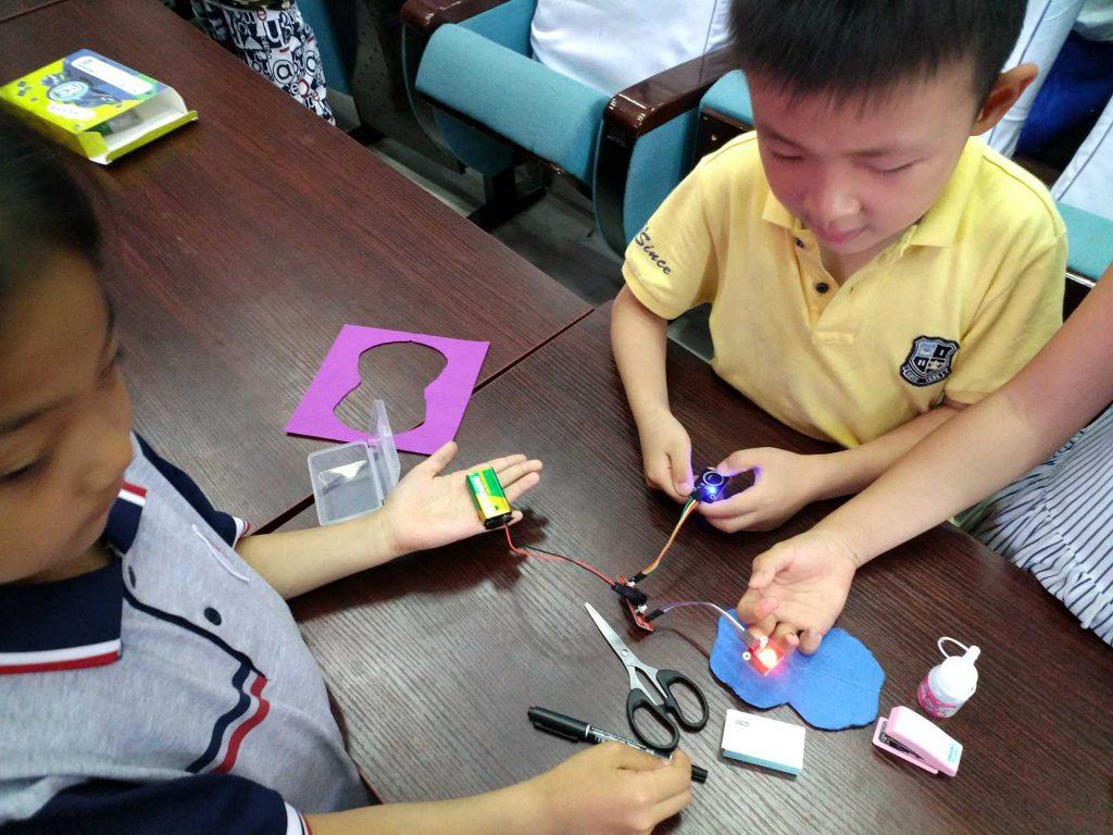 创新科技教育往这里看,对就是STEAM教育!